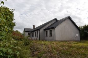 Dooneen, Carrigtwohill, Co. Cork.  4 Bedroom Detached Bungalow on C. 0.5 Acre    BER: C3         EIRCODE T45RC92