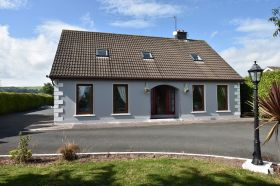 Detached 4 Bedroom Dormer Bungalow on C. 0.5 Acre, Ballinascartha, Midleton, Co. Cork.  P25FD45