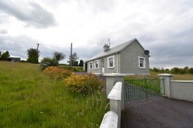 Cottage on C.0.5 Acre Rathcobane, Leamlara, Co. Cork  T56HD58