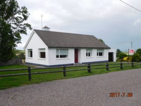 Bungalow on C. 0.5 Acre at Gurteen Dungourney, Midleton,  Co. Cork   Guide Price:  €160,000