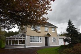 SOLD Broomfield East, Midleton, Co. Cork. EIRCODE P25 D286                             Substantial Family Home on C. 3.435 Acres