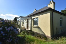 Glenreagh, Midleton, Co. Cork. Farmhouse on C. 1.273 Acre.  P25EV83